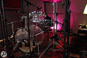 Here you can see some of the close mics used on the drums, including a  Neumann U47 FET and Yamaha NS10 driver on the kick. Riley took time to reappraise some of the mic choices after the band had played a  little.