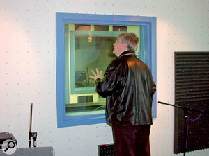 The window between the control room and the live room wasn't effective at stopping sound getting in and out. Ideally, the beading would sit on a neoprene seal, but the team suggested that frame sealant would provide a workable half-measure until this could be done.