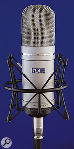 The mic which forms part of the Ivory 2 5000 package comes with a sturdy shockmount, but no flightcase.