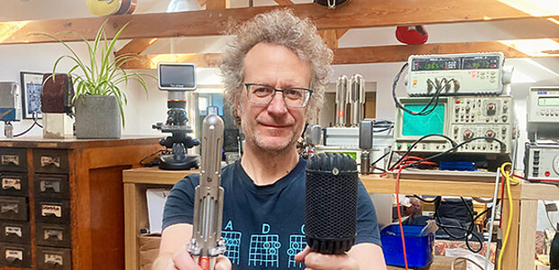 Stewart Tavener - Extinct Audio Microphones